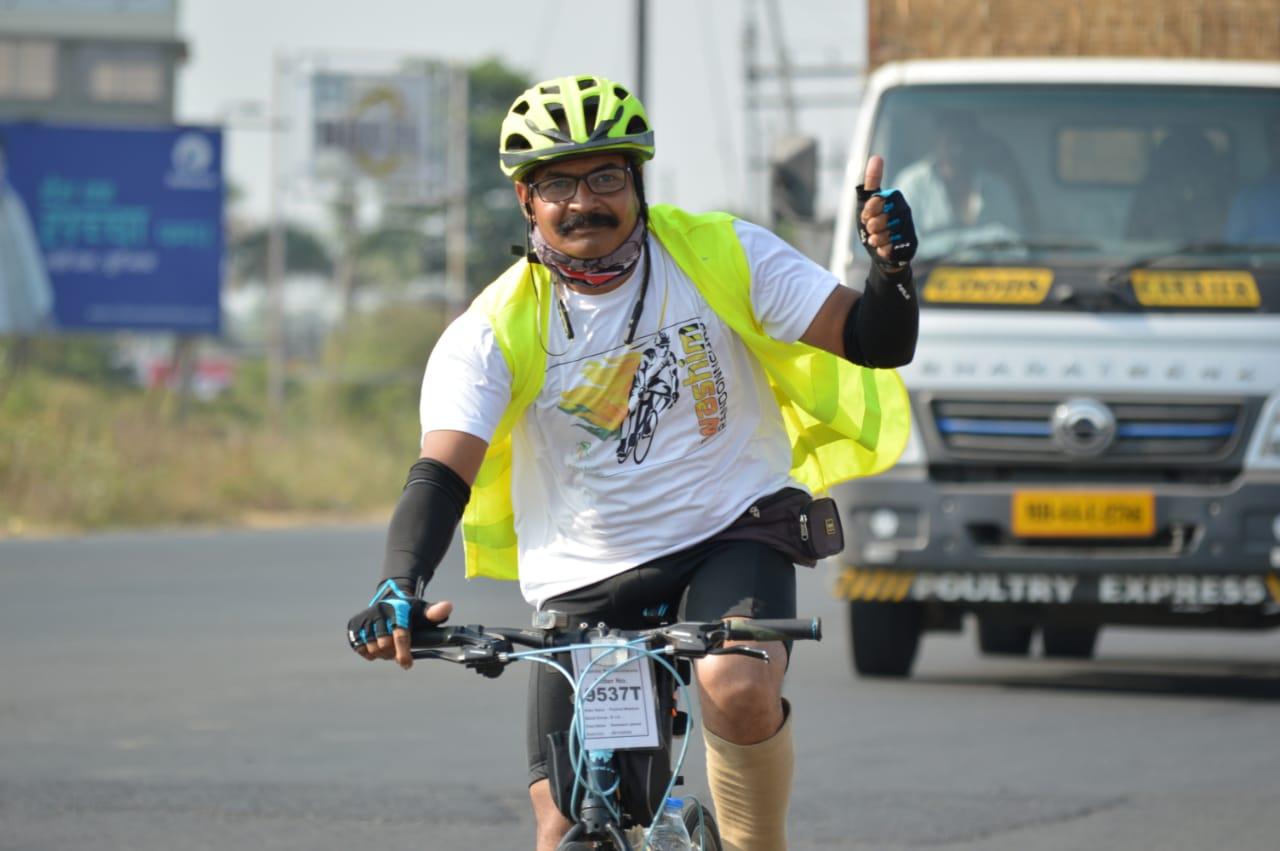Photo of प्रमोद भालेराव ६०० किमी ब्रेवेट सायकल स्पर्धेत अव्वल * फ्रांस देशाकडून आयोजित केली होती स्पर्धा * वाशिम-नागपूर-वाशिम सायकल प्रवास ३८ तासात केला पूर्ण