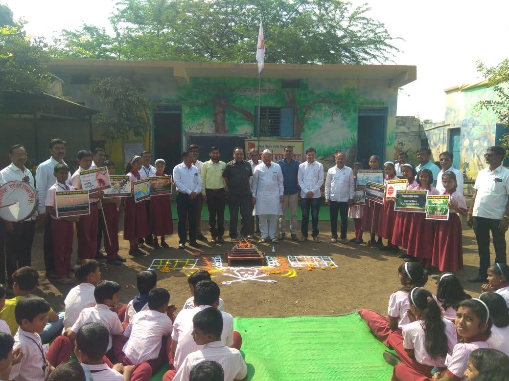 Photo of *बालक मंदिर शाळेत विज्ञान प्रदर्शनाचे उद्घाटन* जिंतूर:-दि 27